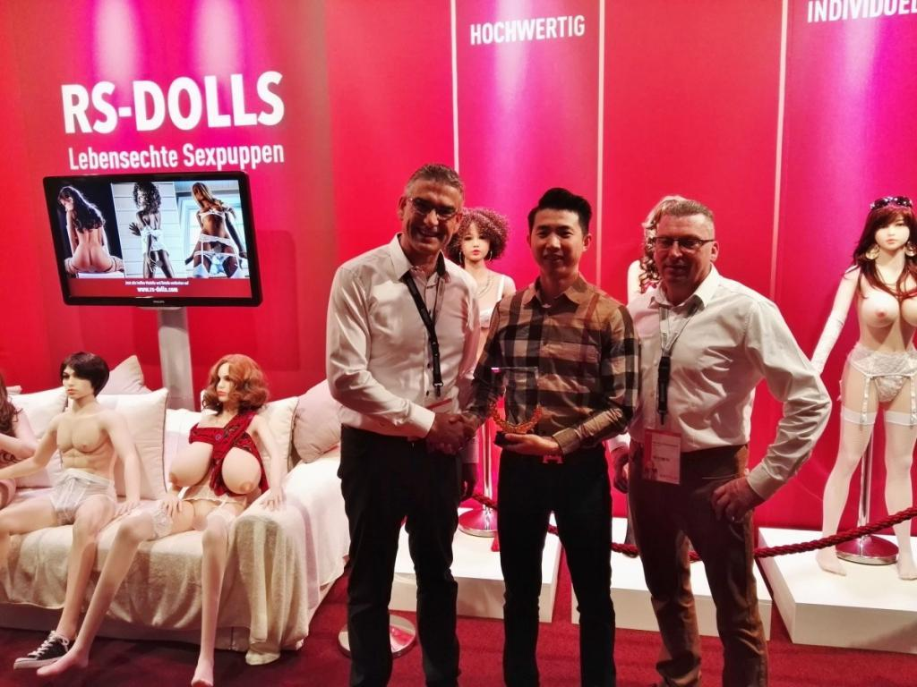 RS DOLLS Auszeichnung von WM Doll Chef