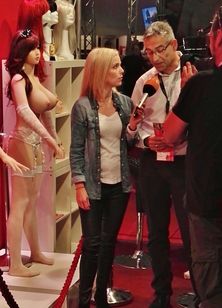 RS DOLLS Sexpuppen ZDF Interview 2 1