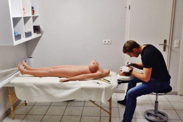 Wir Konfigurieren Ihre Sex Doll vor Ort im Showroom